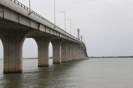 Cho phép phương tiện lưu thông qua cầu Cửa Hội dịp Tết Nguyên đán ảnh 3