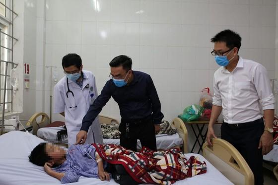 Hà Tĩnh: Nhiều người nhập viện nghi ngộ độc thực phẩm ảnh 3