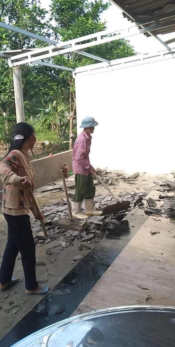 Lốc xoáy gây thiệt hại nặng về tài sản của người dân Hà Tĩnh ảnh 9