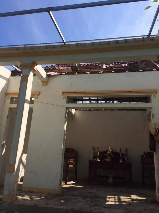 Lốc xoáy gây thiệt hại nặng về tài sản của người dân Hà Tĩnh ảnh 18