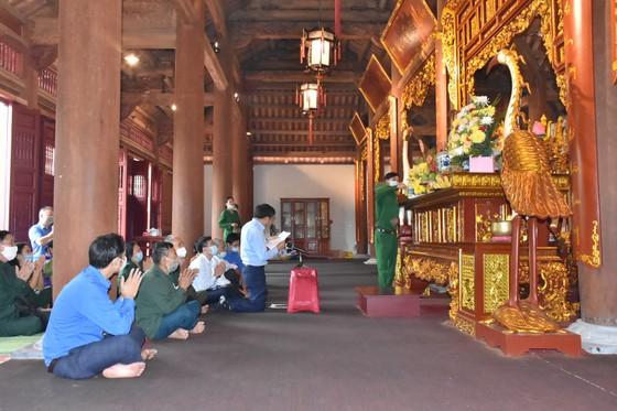 Tổ chức lễ giỗ lần thứ 53 của 10 nữ anh hùng liệt sĩ TNXP Ngã ba Đồng Lộc ảnh 1