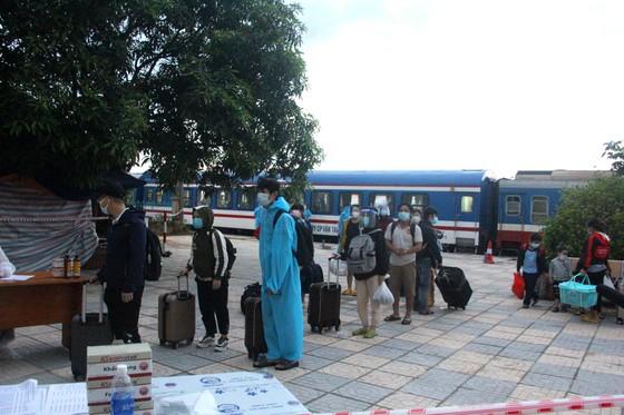 Hà Tĩnh đón 814 công dân từ TPHCM trở về quê an toàn ảnh 5