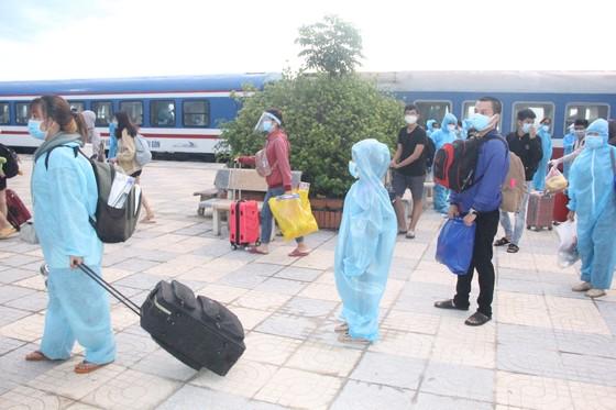 Hà Tĩnh đón 814 công dân từ TPHCM trở về quê an toàn ảnh 6