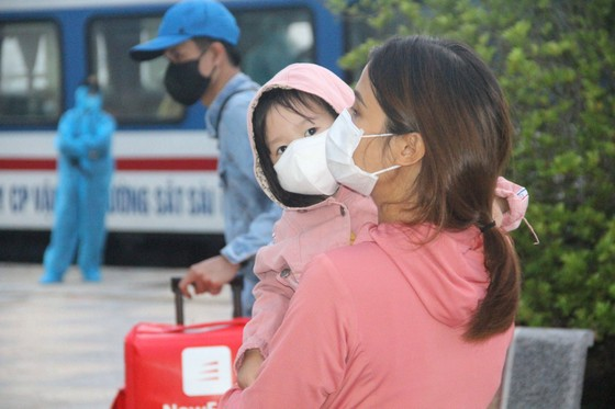 Hà Tĩnh đón 814 công dân từ TPHCM trở về quê an toàn ảnh 8