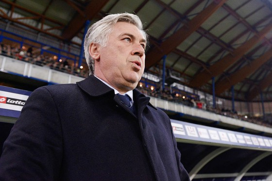 HLV Carlo Ancelotti trong thời gian còn dẫn dắt Paris SG. Ảnh: Getty Images