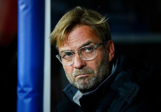 HLV Jurgen Klopp bất lực chứng kiến Liverpool tiếp tục mất điểm. Ảnh: Getty Images