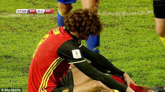 Marouane Fellaini chấn thương ở tuyển Bỉ.
