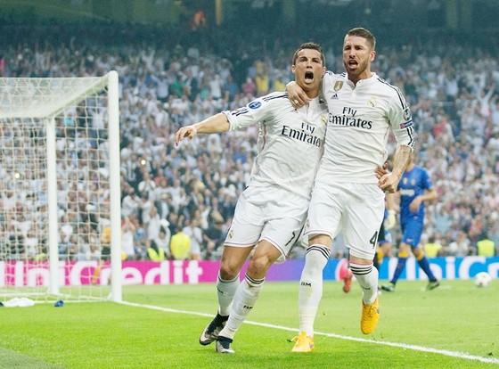 Ramos (phải) và Ronaldo. Ảnh: Getty Images