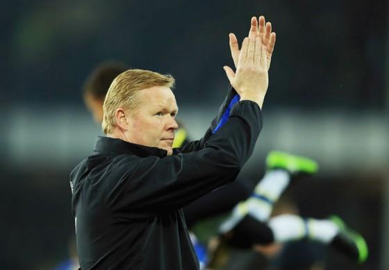 Ronald Koeman đã phải rời Everton chỉ sau 16 tháng. Ảnh: Getty Images
