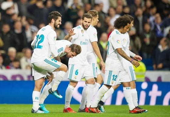 Real Madrid - Las Palmas 3-0: Siêu phẩm giúp giải khát chiến thắng ảnh 1