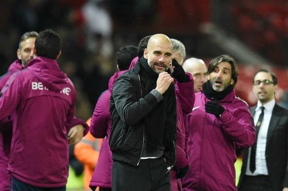 """Guardiola: """"Chúng tôi thắng vì chúng tôi hay hơn"""" ảnh 1"""