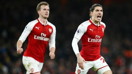 Arsenal - Chelsea 2-2: Chia điểm kịch tính ảnh 1