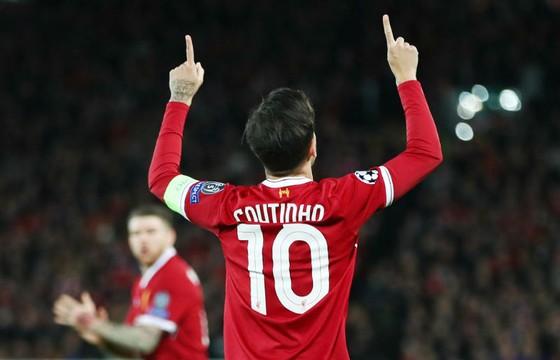 Chiếc áo số 10 của Philippe Coutinho sẽ Liverpool được hoàn tiền. Ảnh: Getty Images