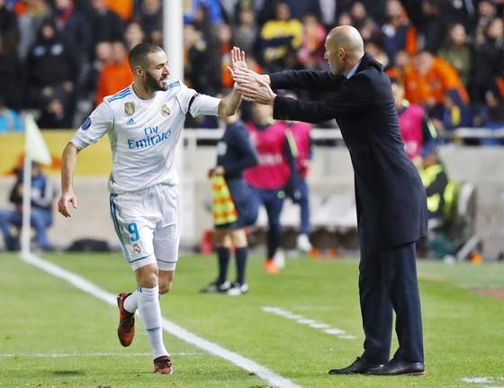 Zidane cần Benzema trở lại vào lúc này. Ảnh Getty Images.