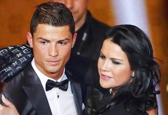 Ronaldo và chị gái. Ảnh: Getty Images