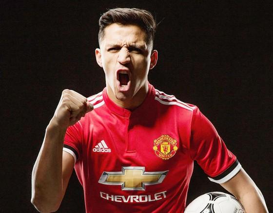 Alexis Sanchez tỏ rõ rất sẵn sàng cho ngày ra mắt. Ảnh: Getty Images