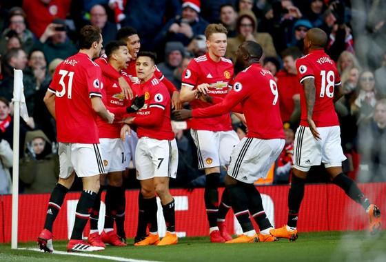 Man.United ăn mừng với chiến thắng quan trọng. Ảnh: Getty Images