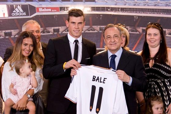 """Hồ sơ Gareth Bale: Hóa rồng nhờ phẫu thuật """"đôi tai khỉ"""" ảnh 2"""