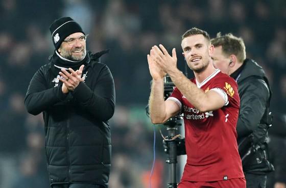 Jurgen Klopp (trái) vẫn luôn mong ngóng về cơ hội dẫn dăt 1Bayern Munich. Ảnh: Getty Images