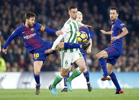 Messi và Busquets mang đến sự lạc quan cho Barca.Ảnh: Getty Images