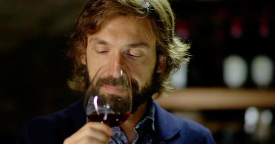 Hồ sơ Andrea Pirlo - Kỳ cuối: Thủ lĩnh trầm lặng, tay thù dai & diễn viên hài ảnh 2
