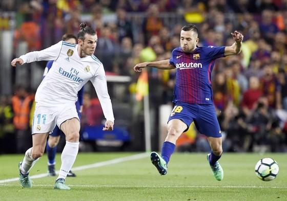 Alba luôn ngổ ngáo nhất khi đối đầu với Real. Ảnh: Getty Images