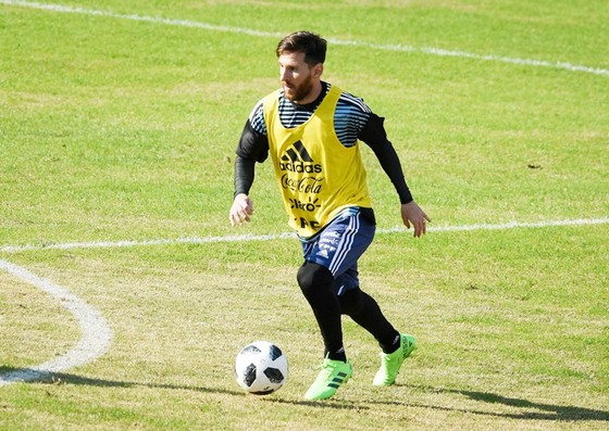 Messi đang tập luyện tích cực cùng tuyển Argentina. Ảnh: Getty Images