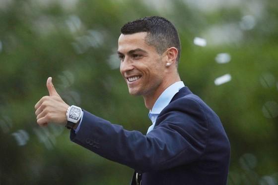 Theo Gomes thì không có đội bóng nào tốt hơn Real giúp Ronaldo giành QBV. Ảnh: Getty Images