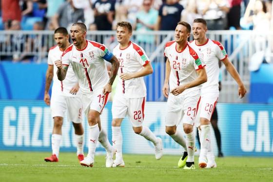 Costa Rica - Serbia 0-1: Đội trưởng lập siêu phẩm, Serbia sáng cơ hội đi tiếp ảnh 1