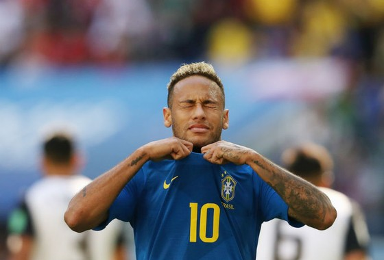 Neymar giận dữ đáp trả chỉ trích ảnh 1