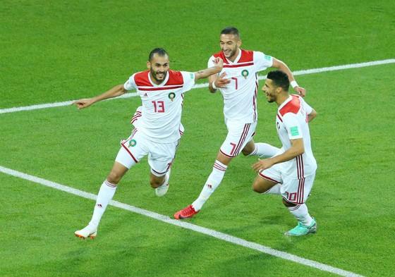 Tây Ban Nha - Morocco 2-2: Bò tót thoát hiểm trong gang tấc ảnh 1