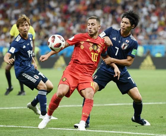 Dù hạn chế ngôi sao Eden Hazard (giữa) và ghi trước 2 bàn, nhưng Nhật Bản vẫn thua ngược đáng tiếc. Ảnh: Getty Images