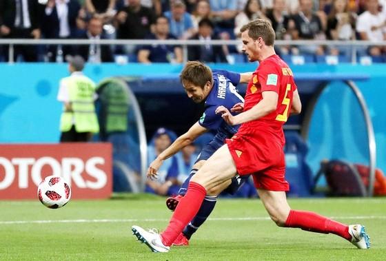 Vertonghen mắc lỗi lớn trong bàn thua đầu của Bỉ. Ảnh: Getty Images