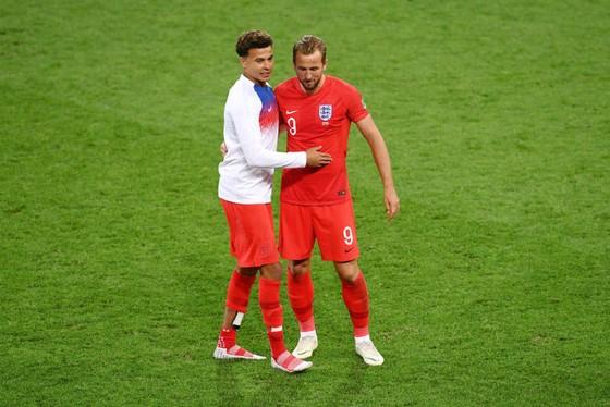 Tottennham đối mặt nguy cơ sẽ không có 2 ngôi sao tấn công hàng đầu Dele Alli (trái) và Harry Kane khi mùa giải mới bắt đầu. Ảnh: Getty Images