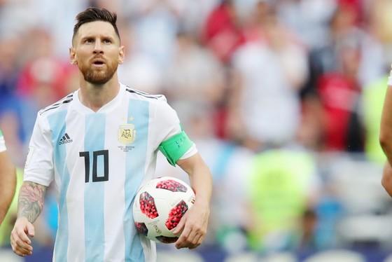 Trong mắt Simeone, Messi vẫn xuất sắc nhất. Ảnh: Getty Images