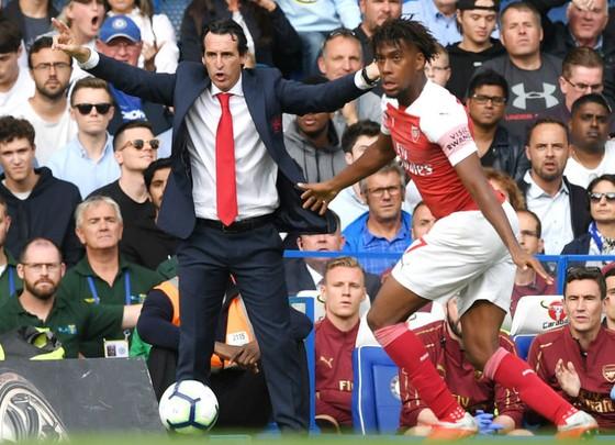 Unai Emery trên đường phá mọi kỷ lục tồi tệ nhất tại Arsenal? Ảnh: Getty Images
