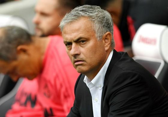 Một biểu hiện của Jose Mourinho trên băng ghế huấn luyện. Ảnh: Getty Images