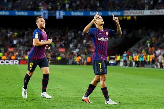 """Quên Suarez đi, Messi đã có """"người tình mới"""" ảnh 1"""