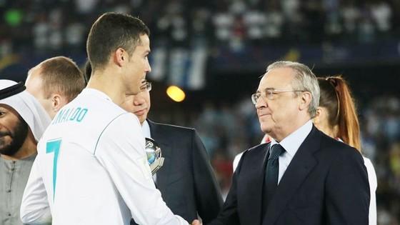 Ronaldo rời Real vì lý do cá nhân. Ảnh Getty Images.