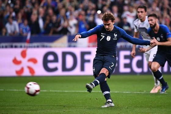 """Pháp - Đức 2-1: Lập """"kỷ lục"""" thất bại, tuyển Đức ngấp nghé cảnh rớt hạng ảnh 1"""