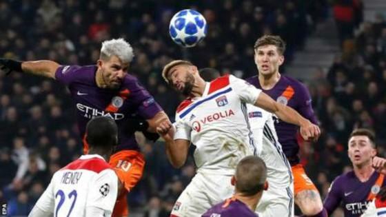 Sergio Aguero ghi bàn quyết định tấm vé đi tiếp cho Man.City. Ảnh: Getty Images