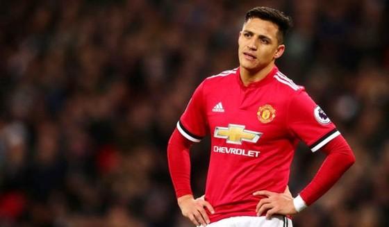 Alexis Sanchez liệu sẽ sớm rũ bỏ nỗi thất vọng trong một năm qua? Ảnh: Getty Images