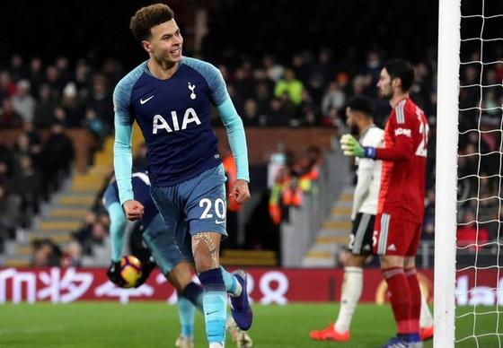 Sau bàn thắng là chấn thương nặng, Dele Alli khiến người hâm mộ Tottenhamlo lắng. . Ảnh: Getty Images