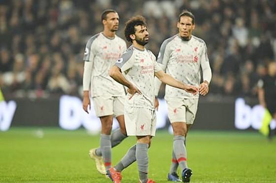 Các ngôi sao Liverpool đang lộ rõ vấn đề khi đương đầu áp lực. Ảnh: Getty Images