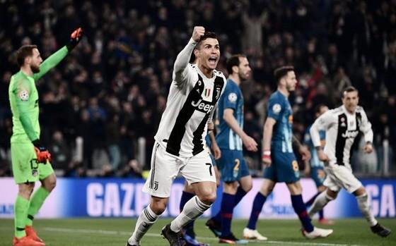Cristiano Ronaldo tiếp tục khẳng định là ngôi sao sáng nhất Champions League. Ảnh: Getty Images