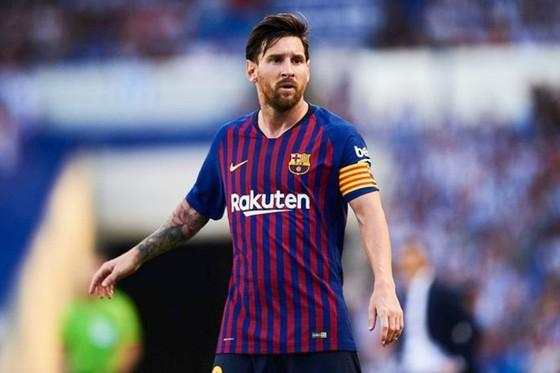 Lionel Messi không vui khi thiếu sự cạnh tranh của Cristiano Ronaldo. Ảnh: Getty Images