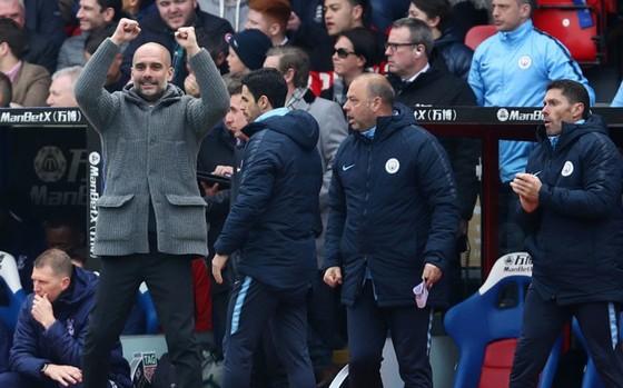 """Guardiola """"lên gân"""" kềm hãm hưng phấn của Liverpool ảnh 1"""
