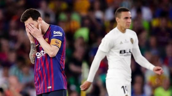 Barca lại gục ngã, Bayern hoàn tất cú đúp ảnh 1