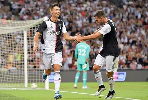 Thoát cáo buộc hiếp dâm, Ronaldo giờ tập trung tỏa sáng ảnh 1