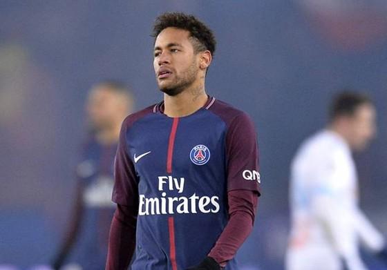 Neymar gần như không còn tương lai ở Paris SG, vấn đề lúc này chỉ còn là Real hay Barca sẽ chiến thắng cuộc đua. Ảnh: Getty Images